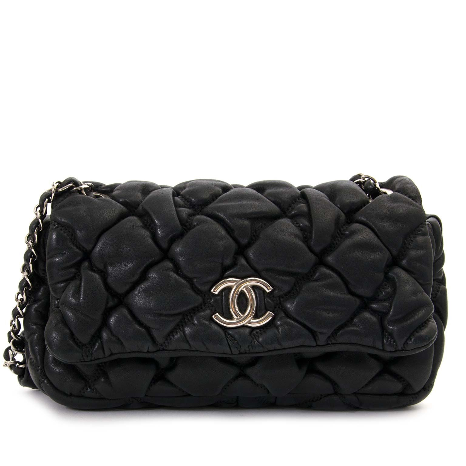 d3f3da12bc13 Chanel Black Lambskin Bubble Quilt Flap Bag now for sale at Labellov vintage  webshop.