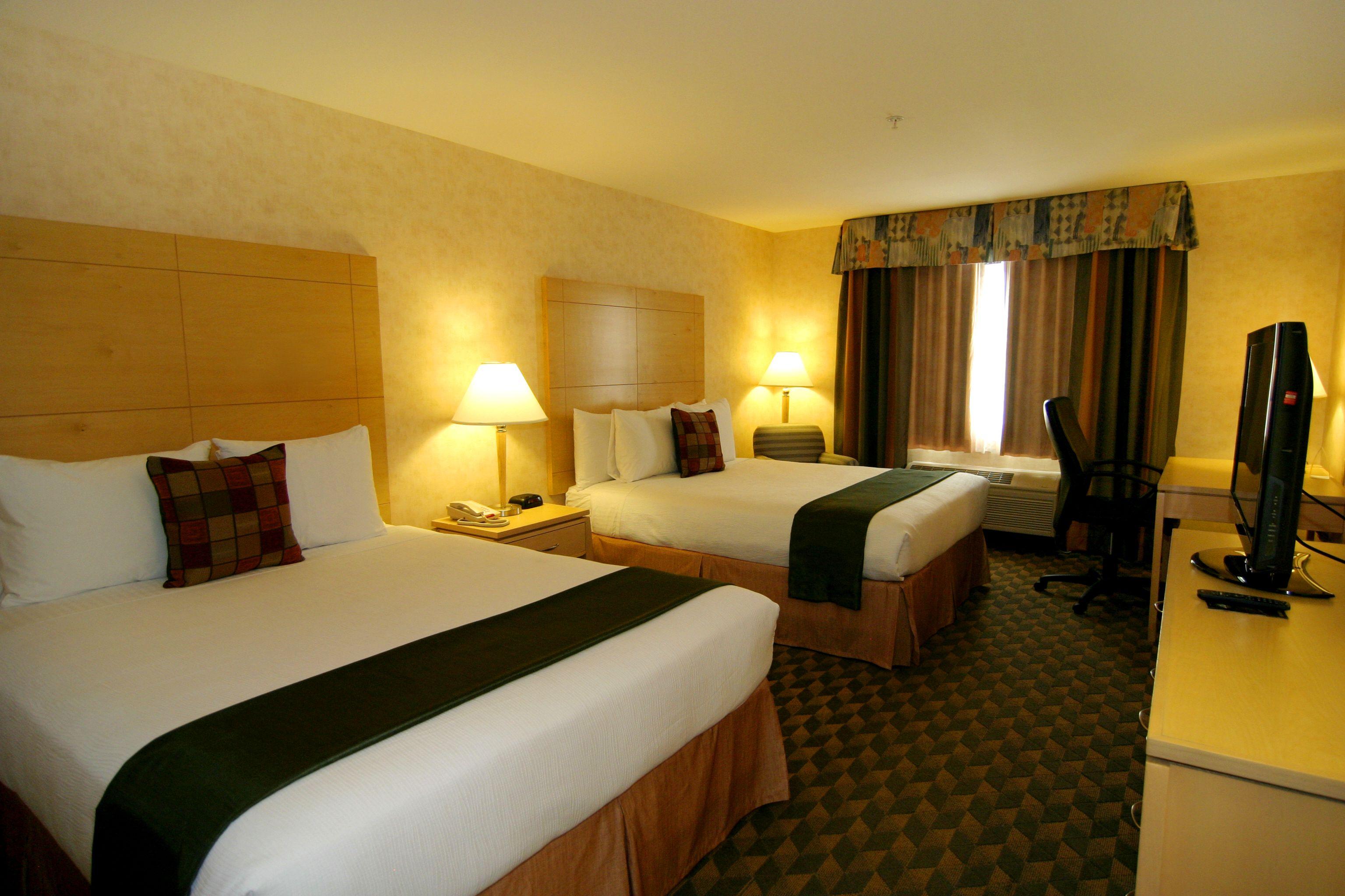 Best Western Plus North Las Vegas Standard Two Queen Room Queen
