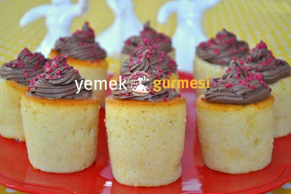Kremalı Bardak Kek Tarifi - http://www.yemekgurmesi.net/kremali-bardak-kek-tarifi.html