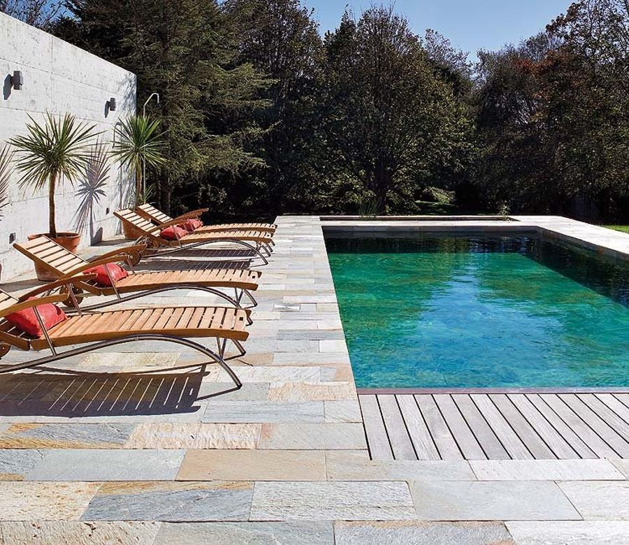 Resultado de imagen de pavimento piedra natural exterior for Que piscina puedo poner en una terraza