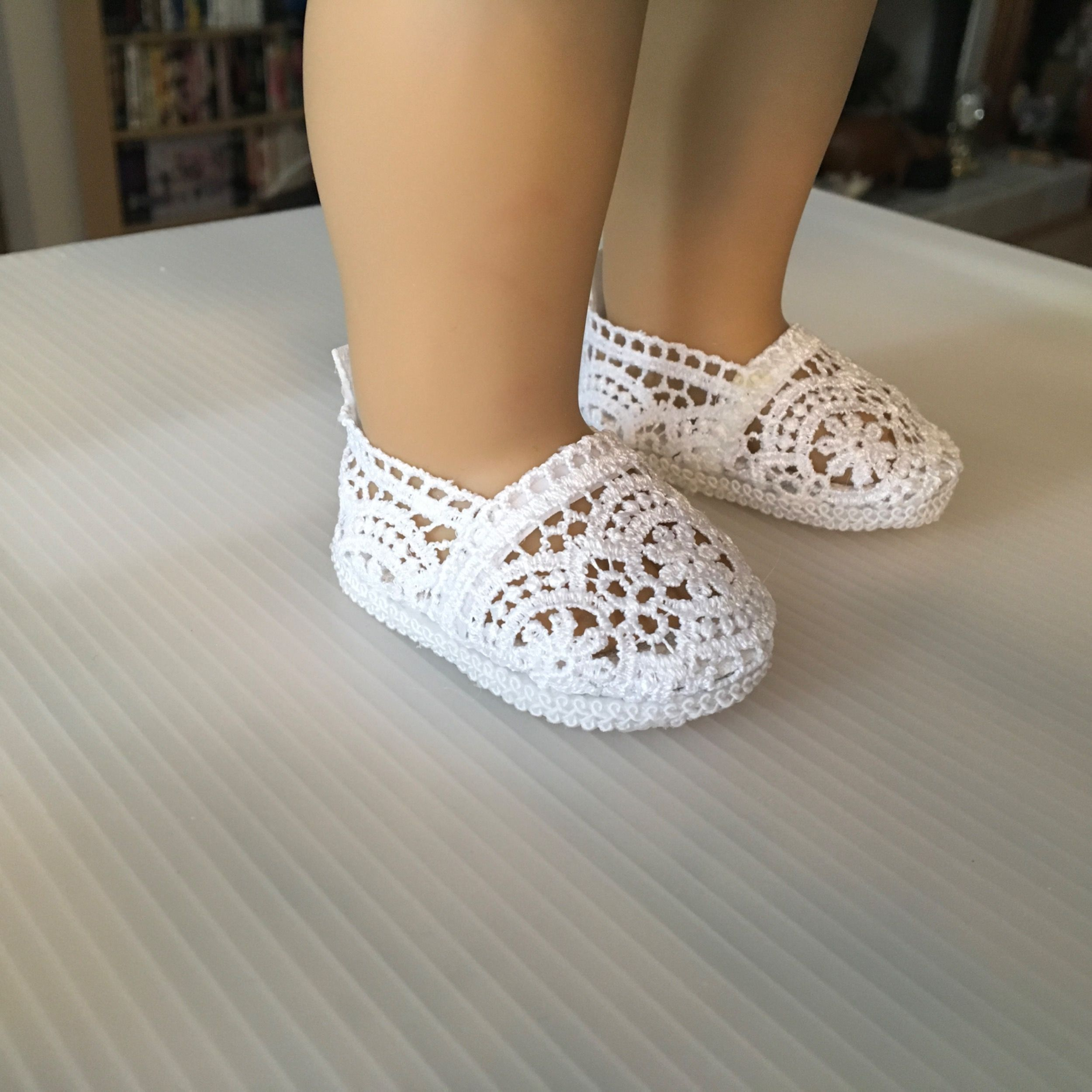 "f8b9906dff68 No Sew Janes 18"" Doll Shoes 