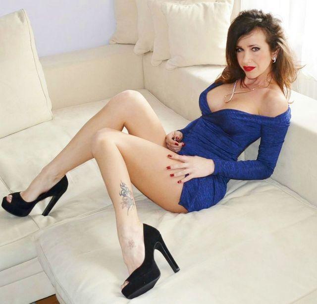 Sexy legs strip tease