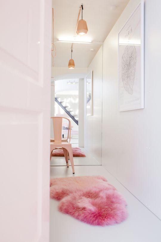Germany's Social Media Darling Lena Terlutter + BB Loves - decor Love the pink fluffy rug