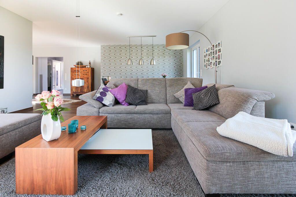 Modernes Wohnzimmer mit Sofaecke - Wohnideen Interior Design ECO