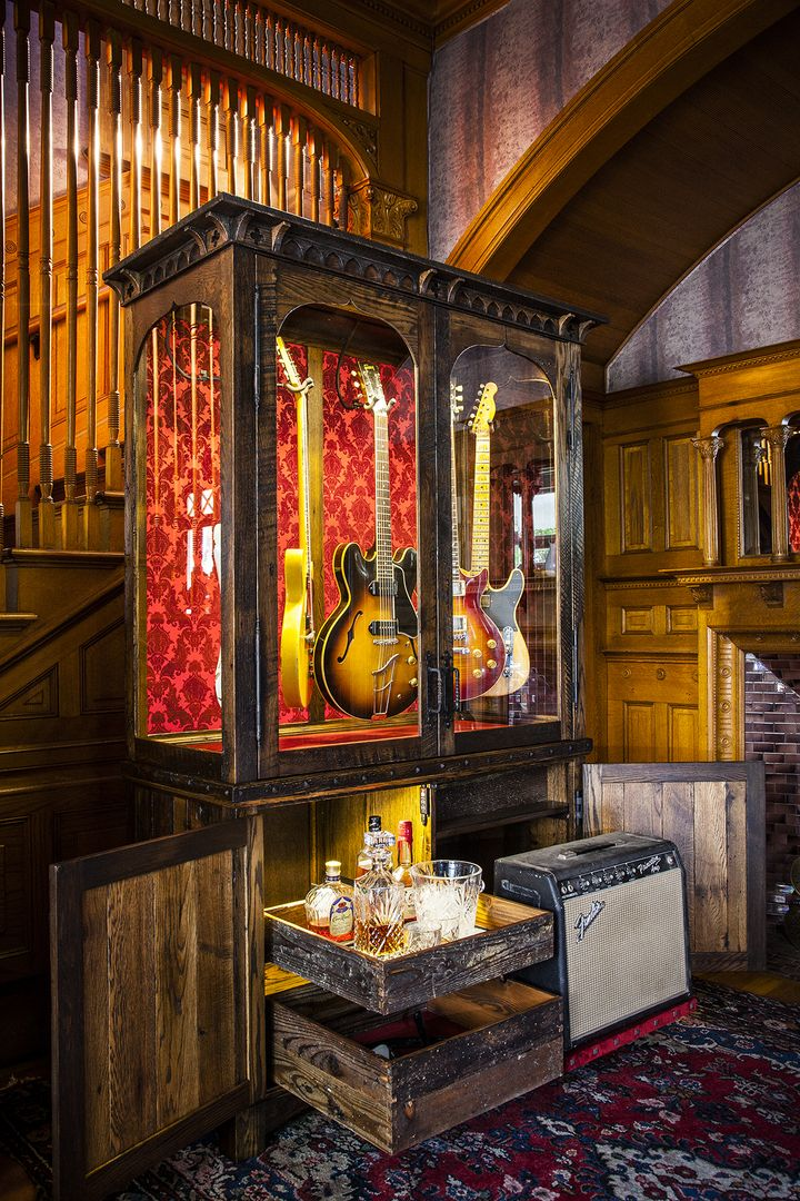 guitar room ideas diy ideas trick and tips in 2019 guitar display guitar room guitar cabinet. Black Bedroom Furniture Sets. Home Design Ideas