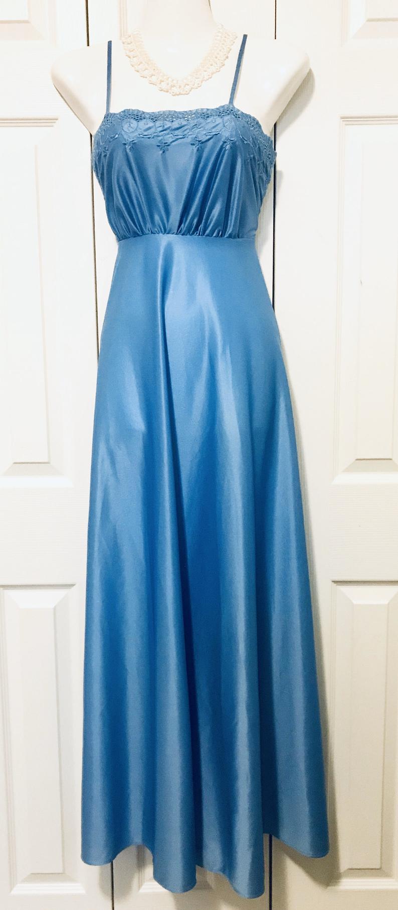 1970 S Vintage Blue Maxi Dress Dance Originals By Zarnett Toronto Vintage Party Dress Haute Couture Maxi Dress Blue Dresses Blue Maxi [ 1811 x 794 Pixel ]