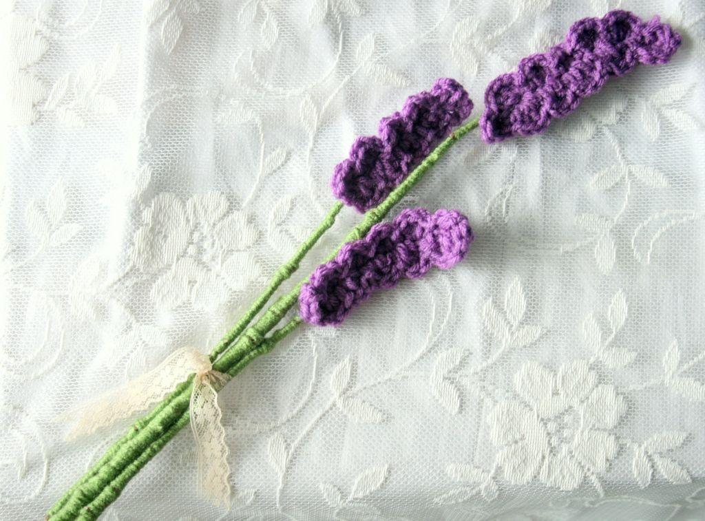 Alltiedupwithstring On Wordpress Com Crochet Flowers Crochet Bouquet Knitted Flowers