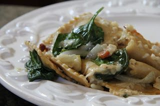 Meal Planning Monday :  Cheesy Ravioli Bake