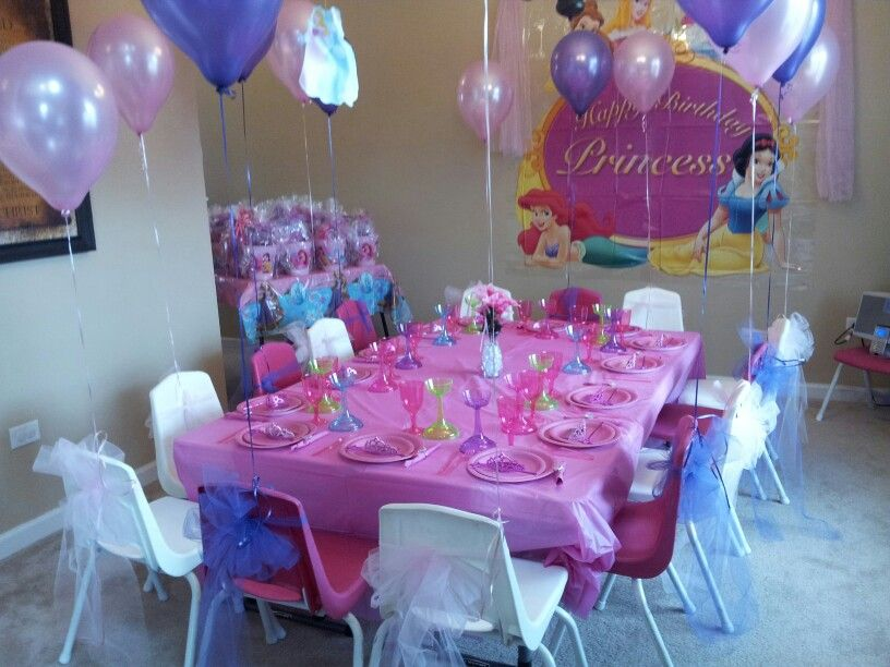 Table Settings For Princess Party My Daughters 5th Birthday Party Princess Party Birthday Party Party