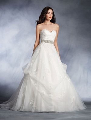 3020d94b39f DISNEY ALFRED ANGELO COLLECTION - 274 Belle s Disney Wedding Dress with  Detachable Sash