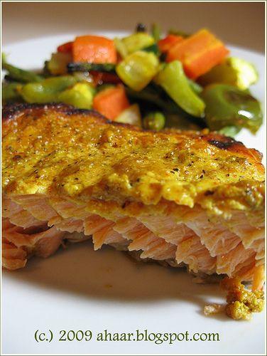 Baked tandoori style salmon. Recipe at ahaar.blogspot.com