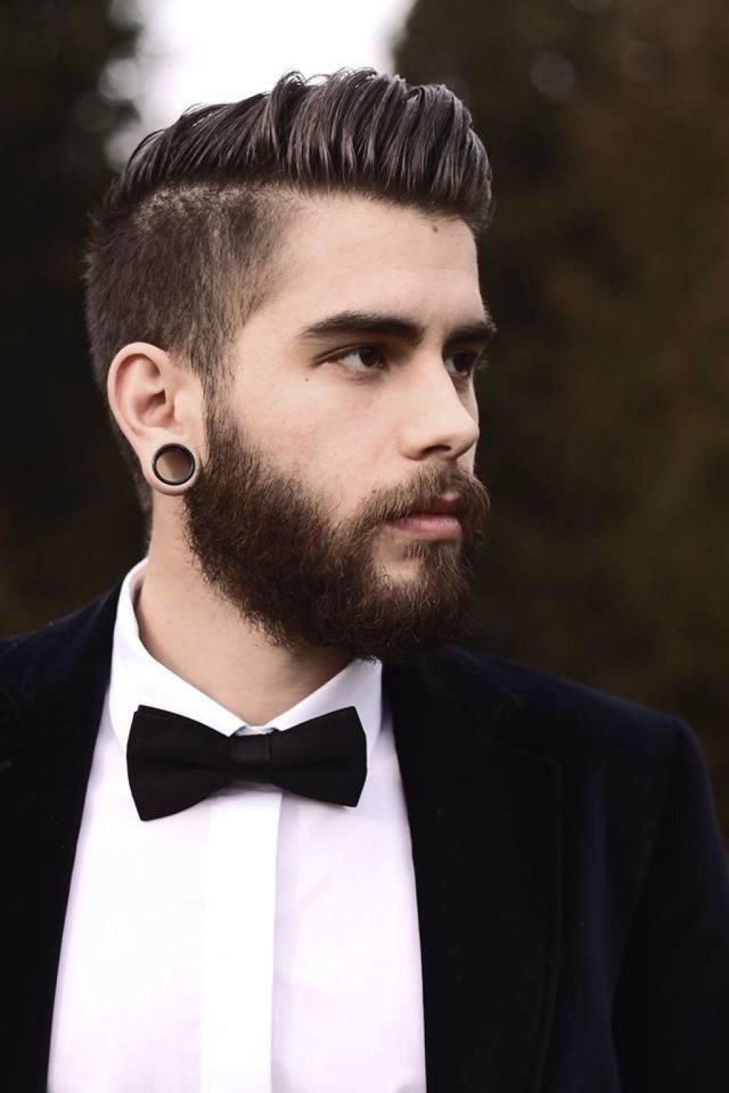 hipster haircuts men 2015 undercut style with big ear piercings and beard this style is giving. Black Bedroom Furniture Sets. Home Design Ideas