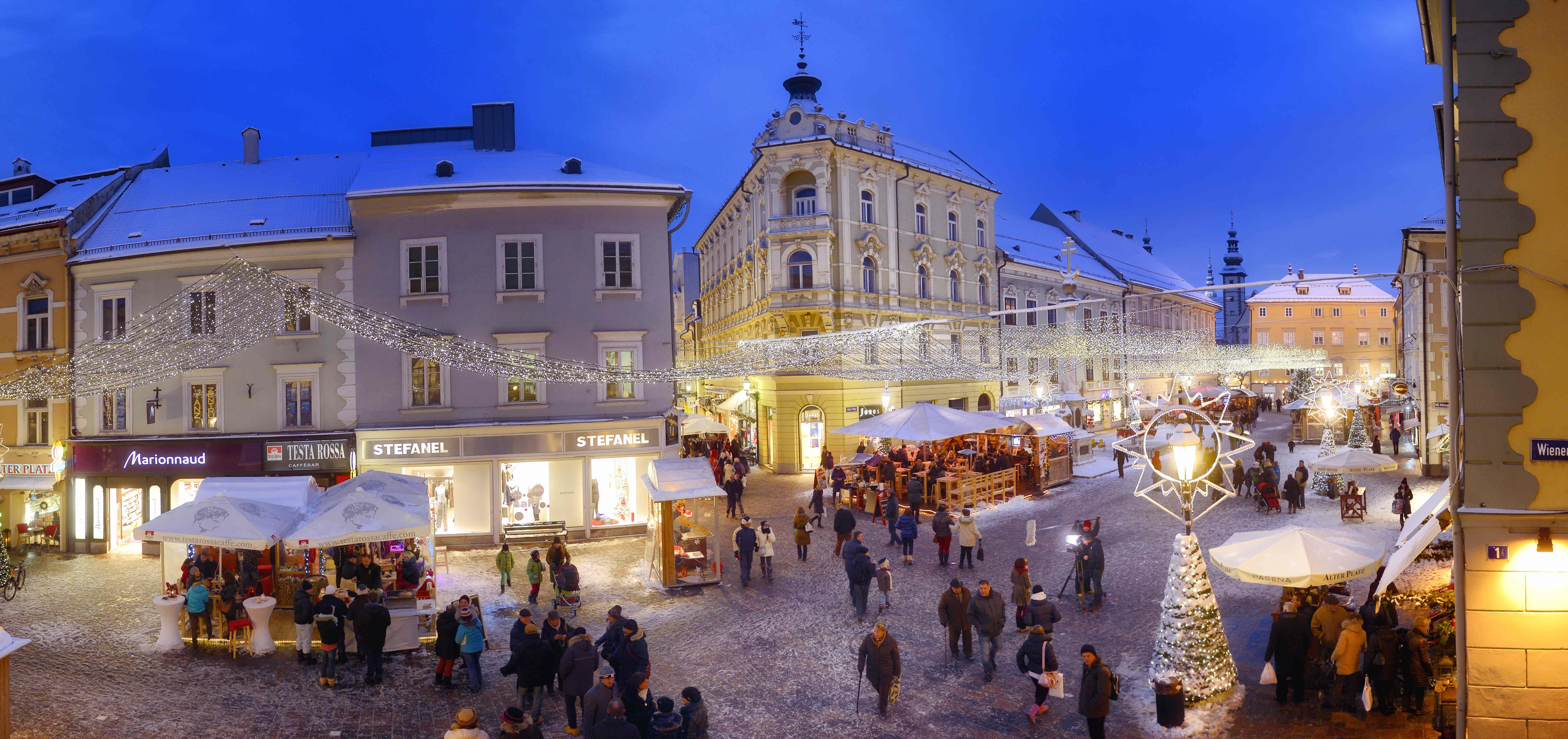 Advent season at Alter Platz in Klagenfurt am Wörthersee. Photo: Helge Bauer