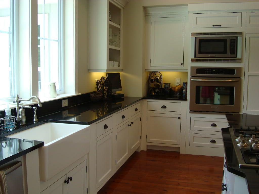 Kitchens With Farmhouse Sinks