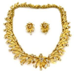 6dadefc39fbee4 Image of Vintage 1960s Christian Dior Gold Tone Rhinestone Necklace &  Earrings Couture Set