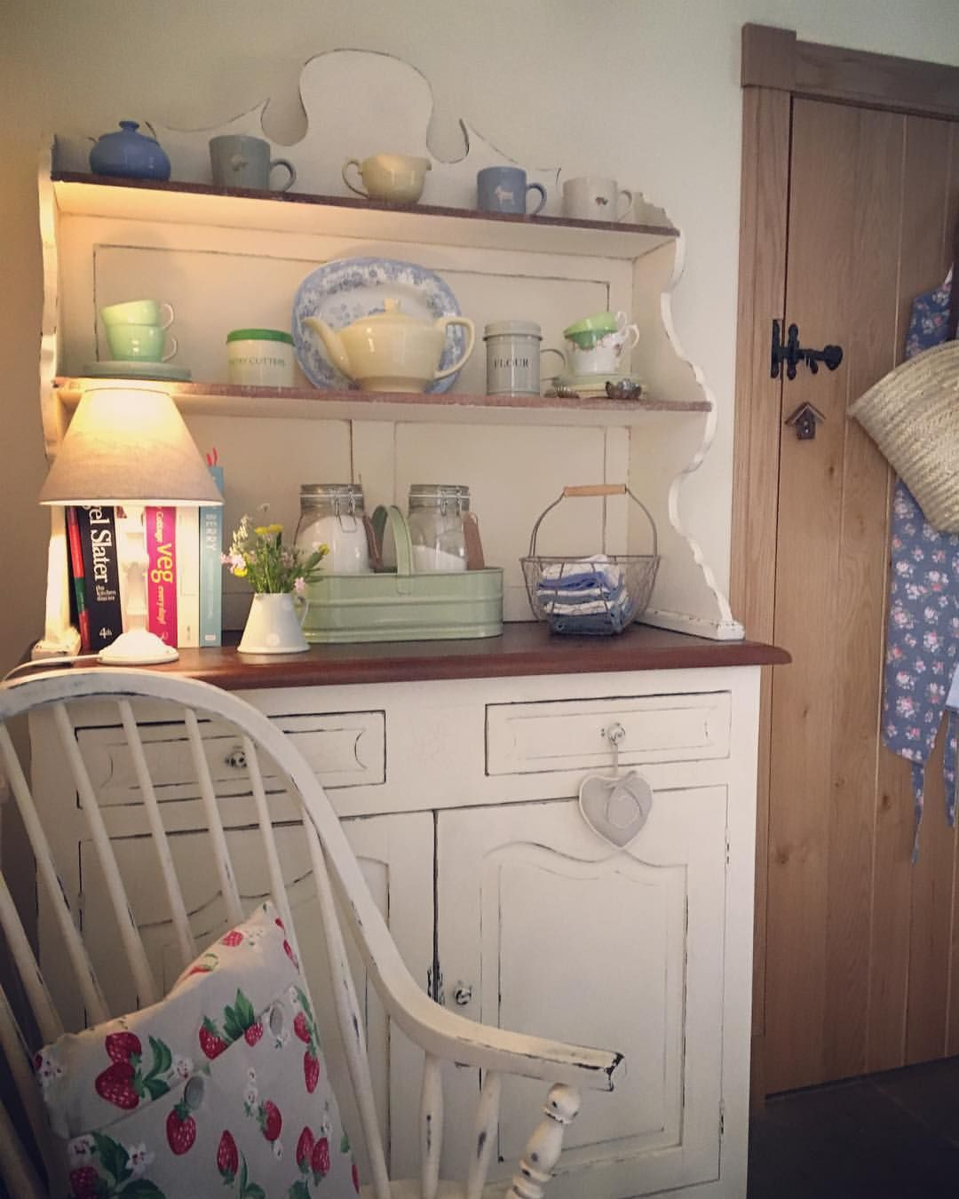 Pin By Mila On Cozy English Cottage Countryside Campagne With