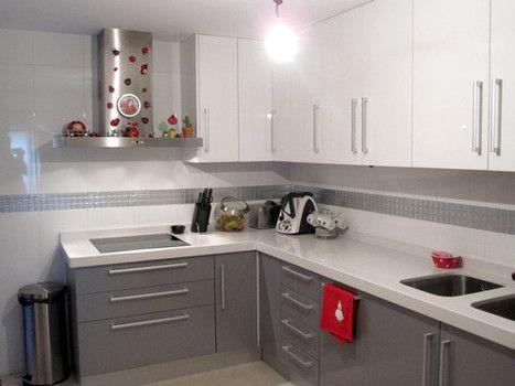 cocinas azulejos rectangulares blancos - Buscar con Google | Diseños ...