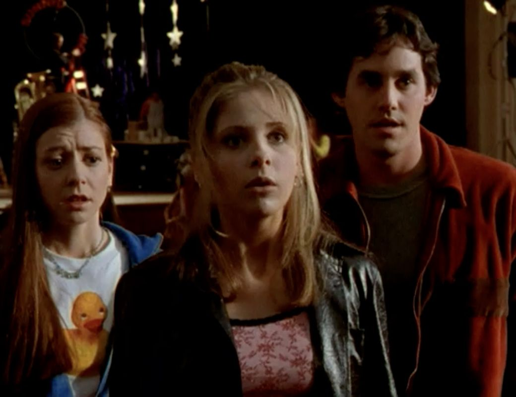 Episode Guide Season 1 Ep 9 The Puppet Show http://www.buffythevampireslayerepisodes.com/s1ep9/ What did you think of this #buffy episode? Do you agree with me? #btvs There is a link to the Free Season 1 Guide in the pdf if you like it.