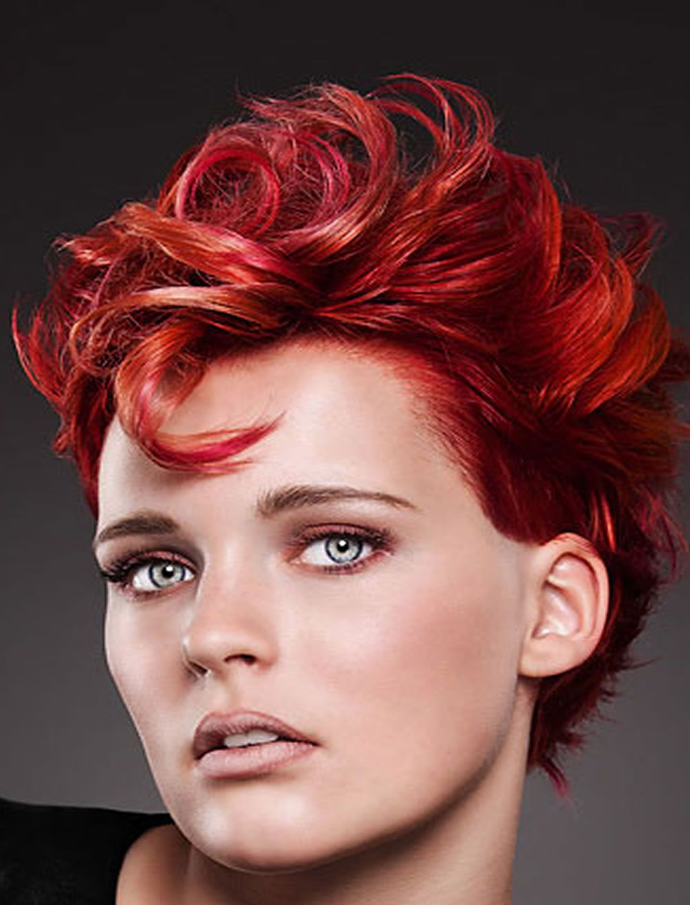 Rote Haarfarbe für kurze Frisuren | Cooles Haarschnitt ...