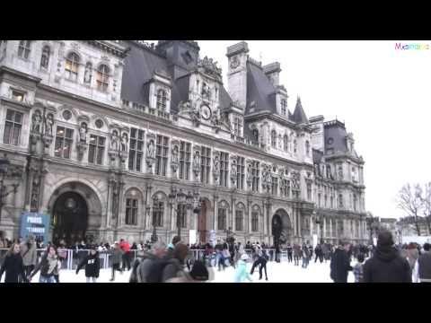 Holiday Ice Skating in Paris at City Hall