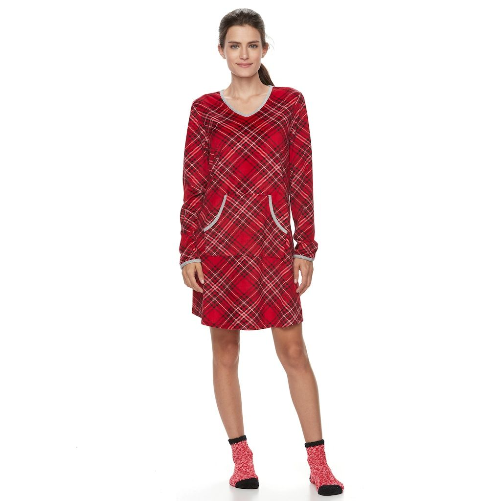 Red flannel pajamas  Womenus Croft u BarrowPajamas Velour Sleep Shirt u Socks PJ Set