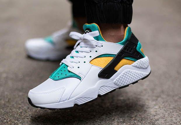 Check Out These OG Nike Air Huaraches On Feet • KicksOnFire.com ...