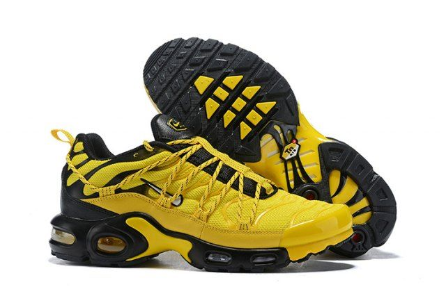 promo code 22486 bec51 Drake Reveals Nike Air Max Plus For Stage TN Frequency Pack Tour Yellow  White-Black Sneakers Men s Running Shoes