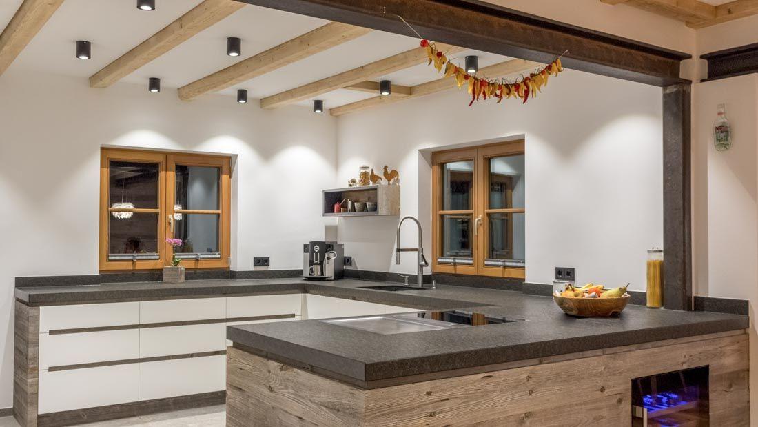 Altholzküchen modern  Moderne Altholzküche Bora | Küche | Pinterest | Küche, Sitzbank ...