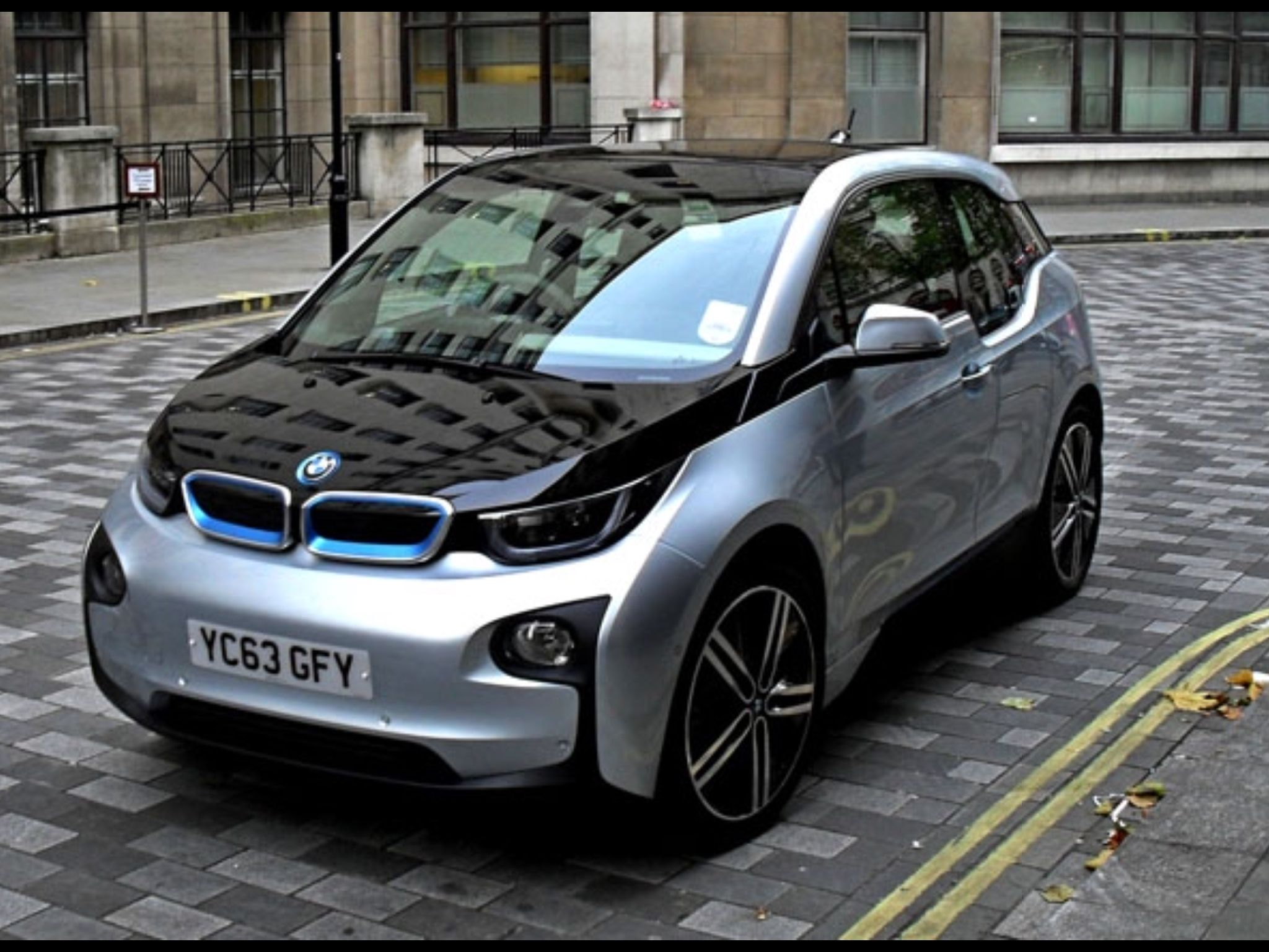 Bmw I3 In London Visit Www Electriccar2buy Co Uk For Your Next