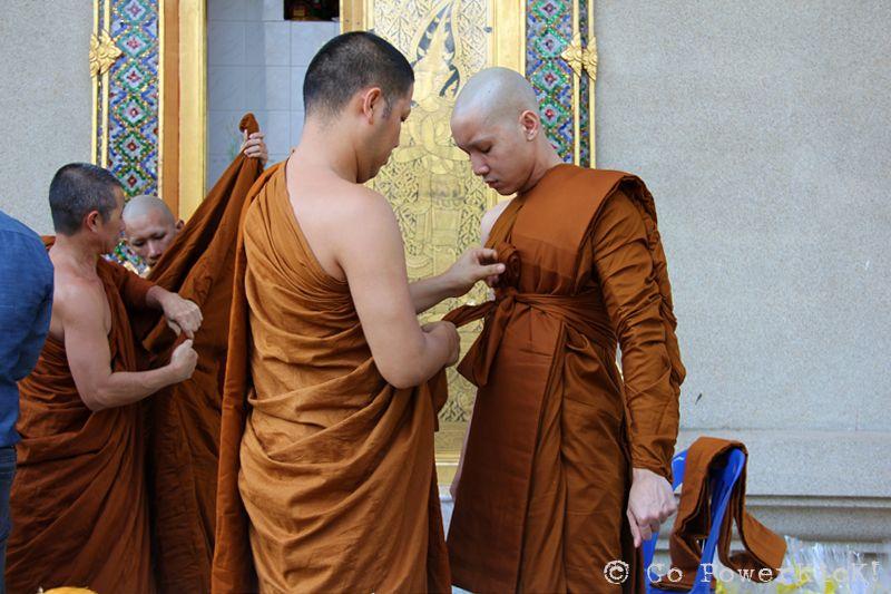 A Buddhist Monk In Thailand Go PowerKicK