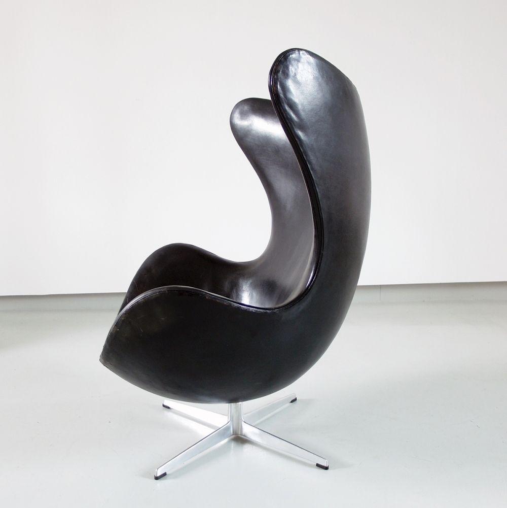 Arne Jacobsen Egg Chair Tweedehands.Early Edition Egg Chair By Arne Jacobsen 1966