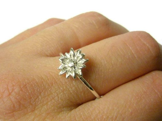 9fea8ee64 Silver sunflower ring Sterling silver flower ring by WatchMeWorld, $31.00.  This would be nice in a size 7.