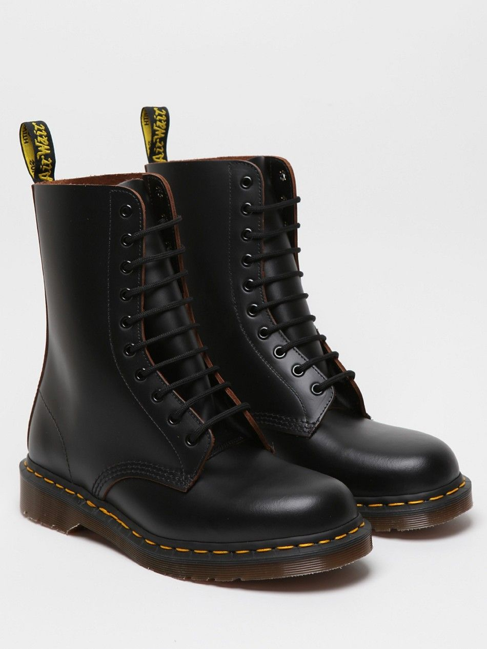 5346f6cc6508 Dr Martens 1490 10 eye boot, black. | Good Looks | Boots, Dr martens ...