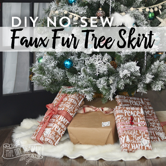 Make A No Sew Faux Fur Christmas Tree Skirt #HomeForChristmas | The DIY Mommy