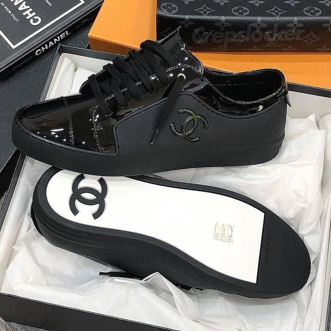 Pin By Ralphlaurent On Laurent In 2020 Chanel Shoes Womens