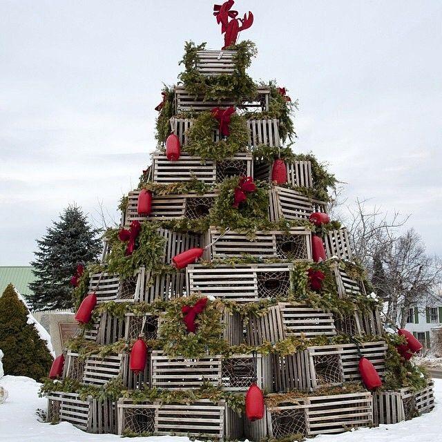 A New England Christmas tree on Nantucket. | The Holidays | Pinterest | Christmas tree, Cod and Cape