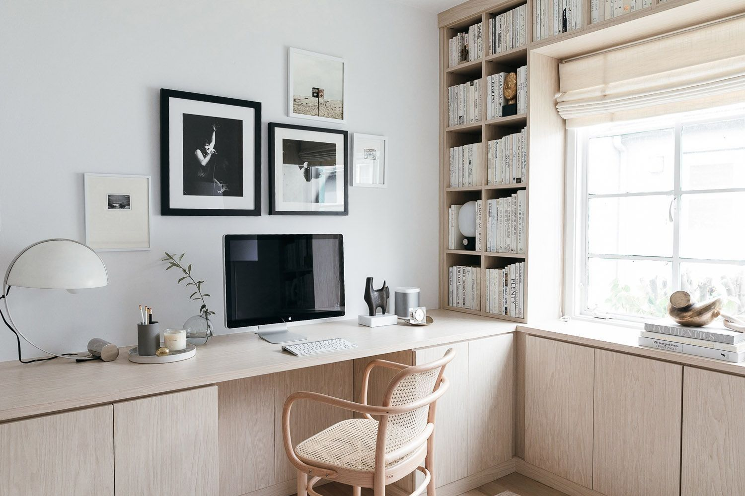 30 Charming Home Office Cabinet Design Ideas For Easy Storage With Images Zen Home Office Home Office Cabinets Home Office Design