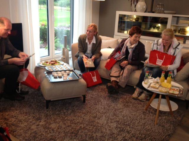 unsere leser bei der exklusiven vorab-besichtigung des wohnidee, Hause deko