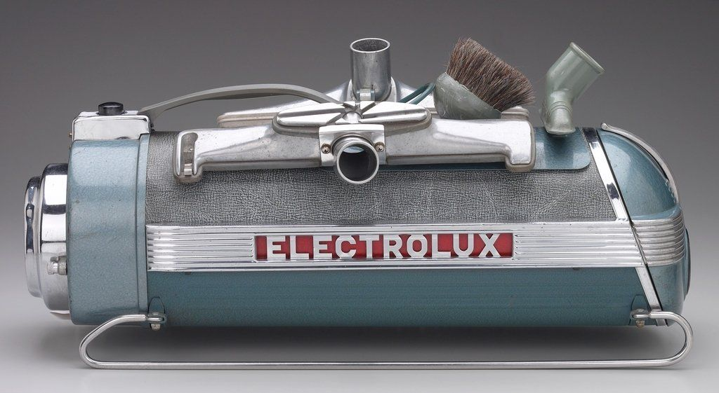 Lurelle Guild For Electrolux Vacuum Cleaner Designed 1937 Chromium Plated Steel