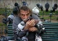 Resultado de imagen para fotos de animales abrazando a seres humanos