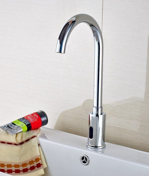Barth Hands Free Touchless Chrome Bathroom Sink Faucet With Motion Sensor