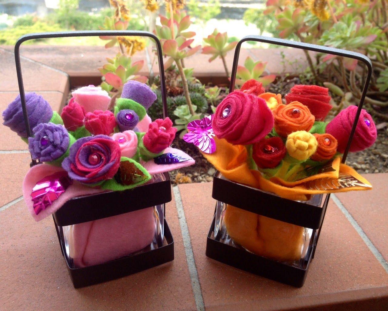 Tavolo Bambini ~ Festa della mamma mothers day flowers felt fiori di feltro
