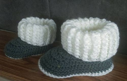 aa58683ac08 Ravelry: Toddler Ugg Style Slipper Boots pattern by Jinty Lyons ...