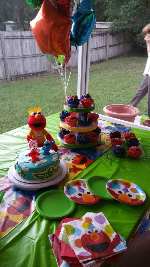 Cake Table 2 Year Old Sesame Street Elmo Birthday Party
