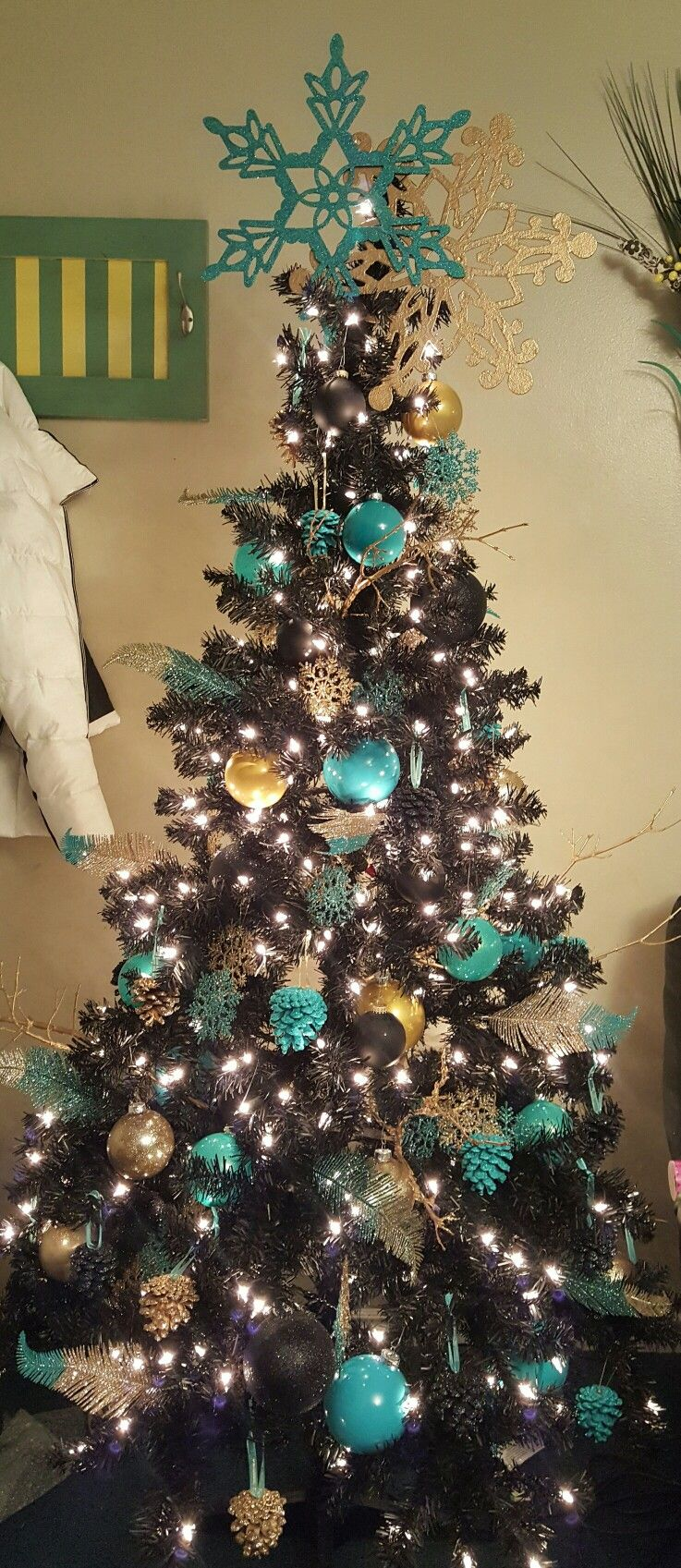 Black Christmas Tree Love The Gold And Teal Ornaments Black Christmas Trees Best Christmas Tree Decorations Teal Christmas