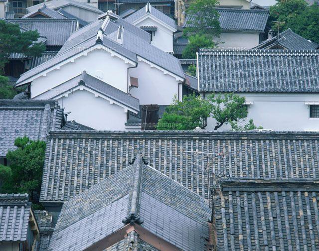 瓦屋根の家並 25121009451 写真素材 ストックフォト イラスト素材