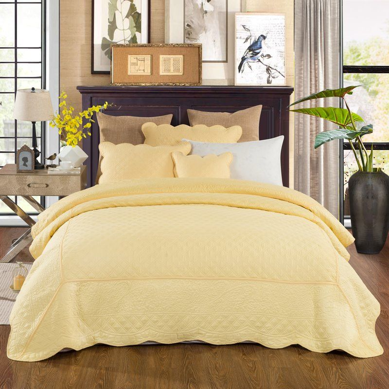 Lewisboro Matelasse Buttercup Quilt Set Yellow Bedspread Yellow Bedding Bed Spreads