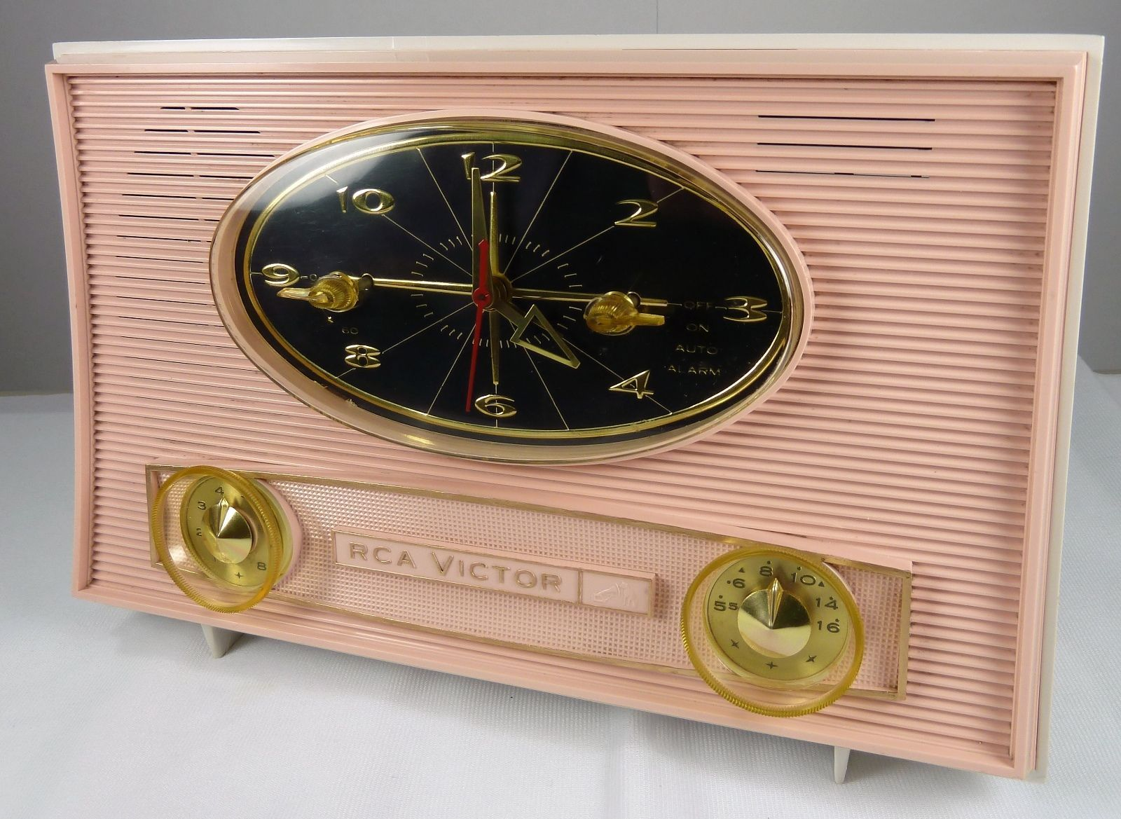 Restored Vintage 1950's RCA Victor Tube Clock Radio Pretty and Pink | eBay