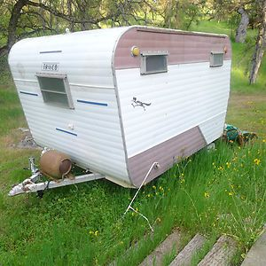 Cute Little Trailer For Sale On Ebay In Ca12 Travel