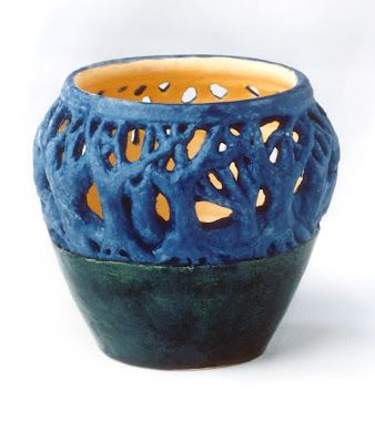 Famous Pottery Pieces The Helpful Art Teacher The Elements Of Art And Principles Of Design Elements Of Art Ceramics Projects Ceramics